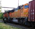 BNSF 8913 on K040